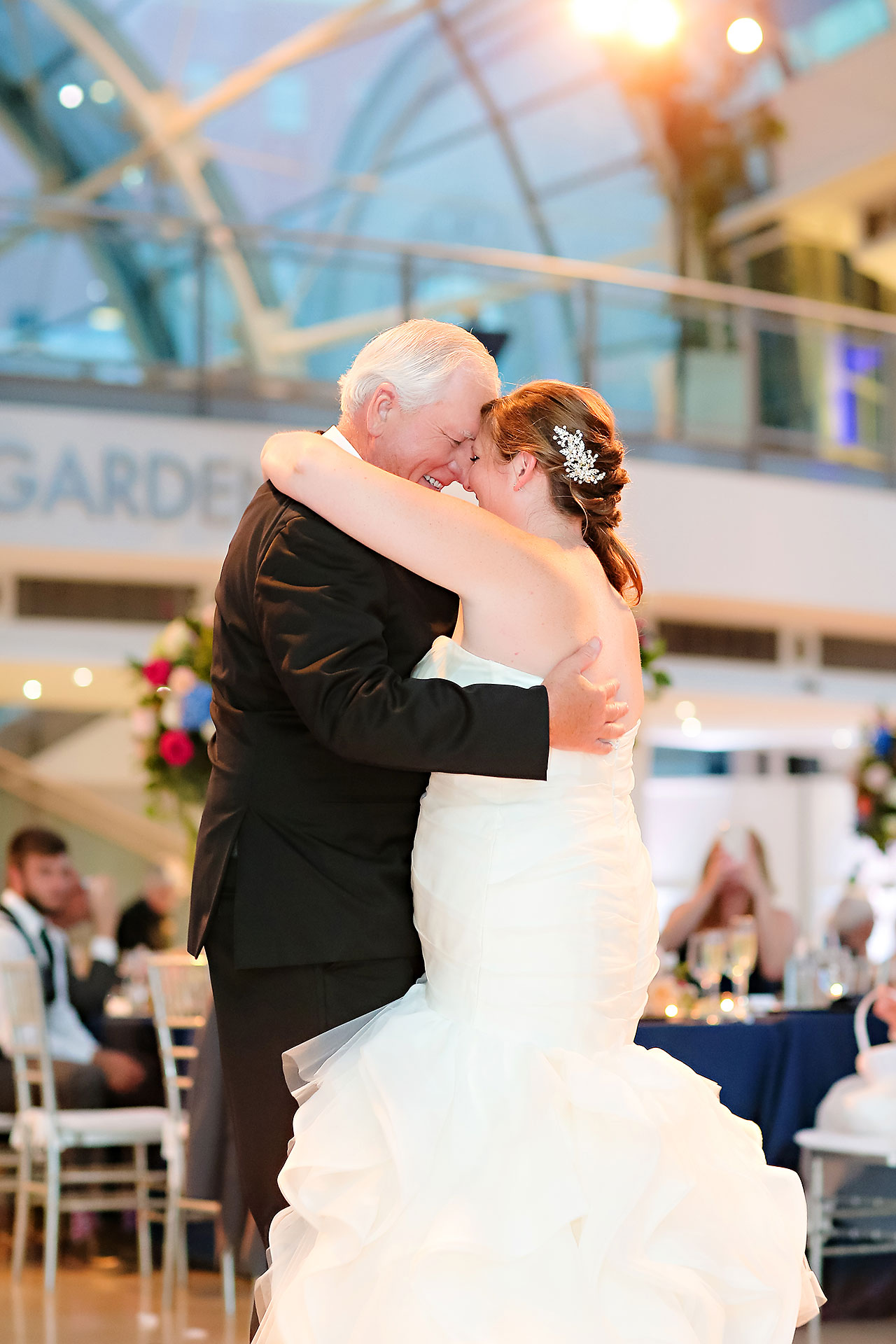 Erin John Artsgarden Indianapolis Wedding 329