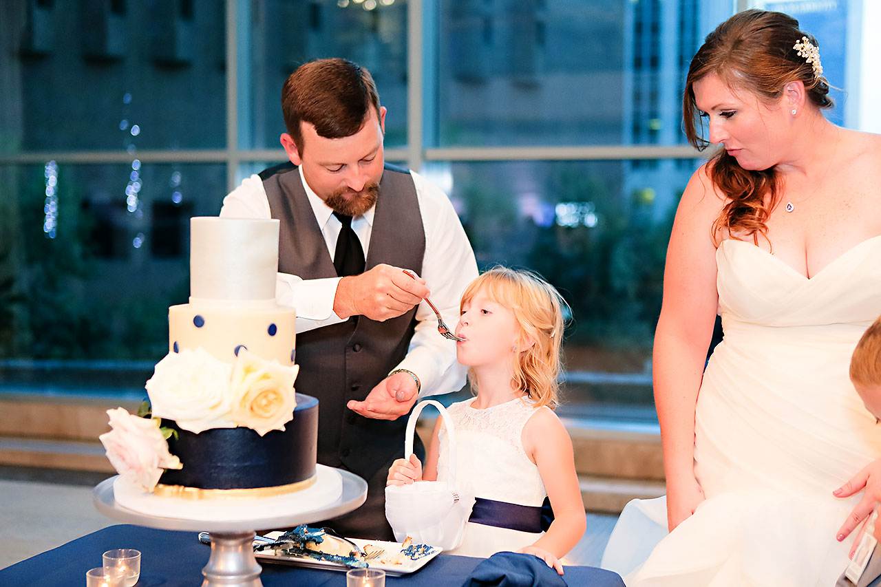 Erin John Artsgarden Indianapolis Wedding 326