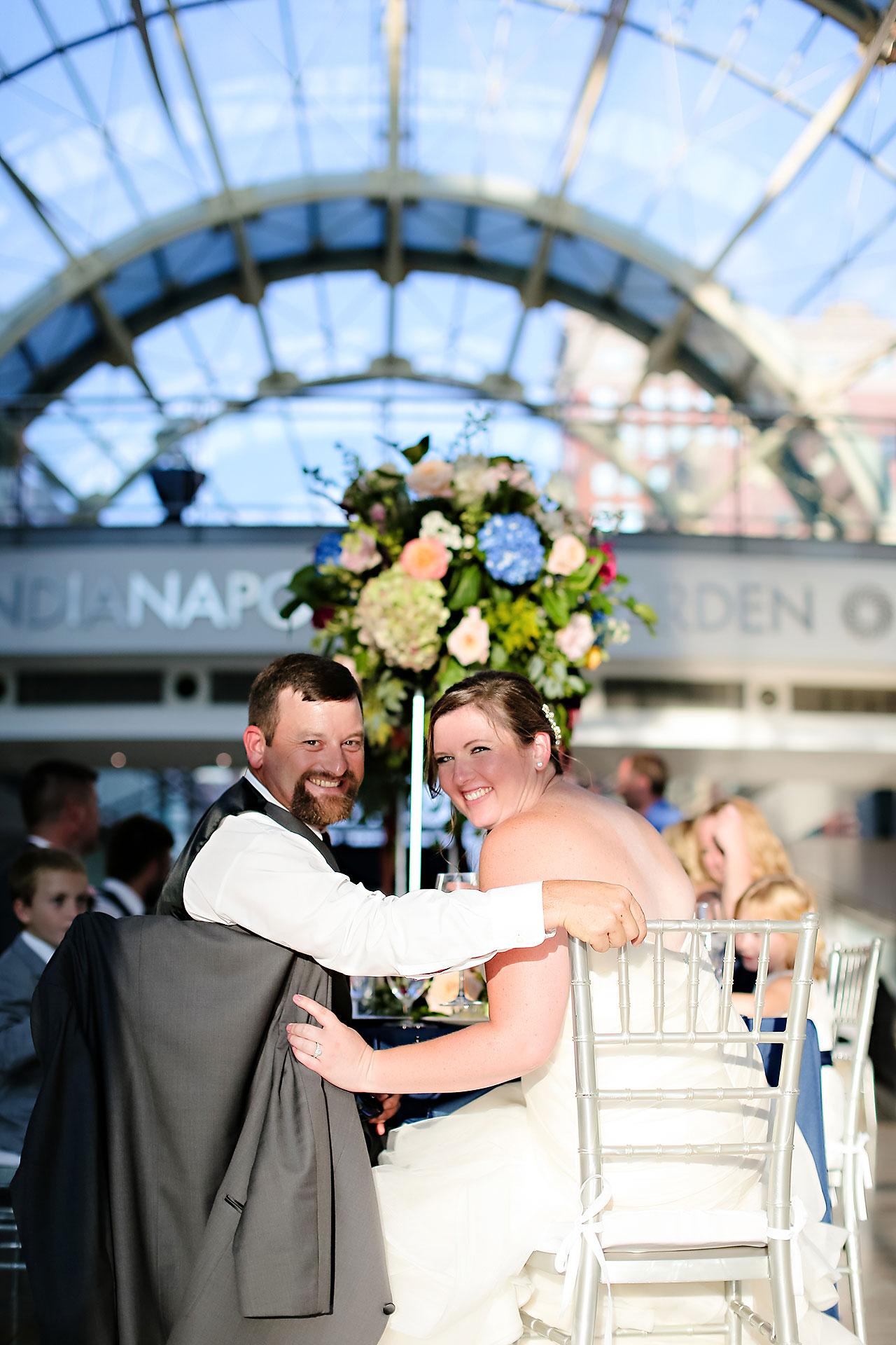 Erin John Artsgarden Indianapolis Wedding 302