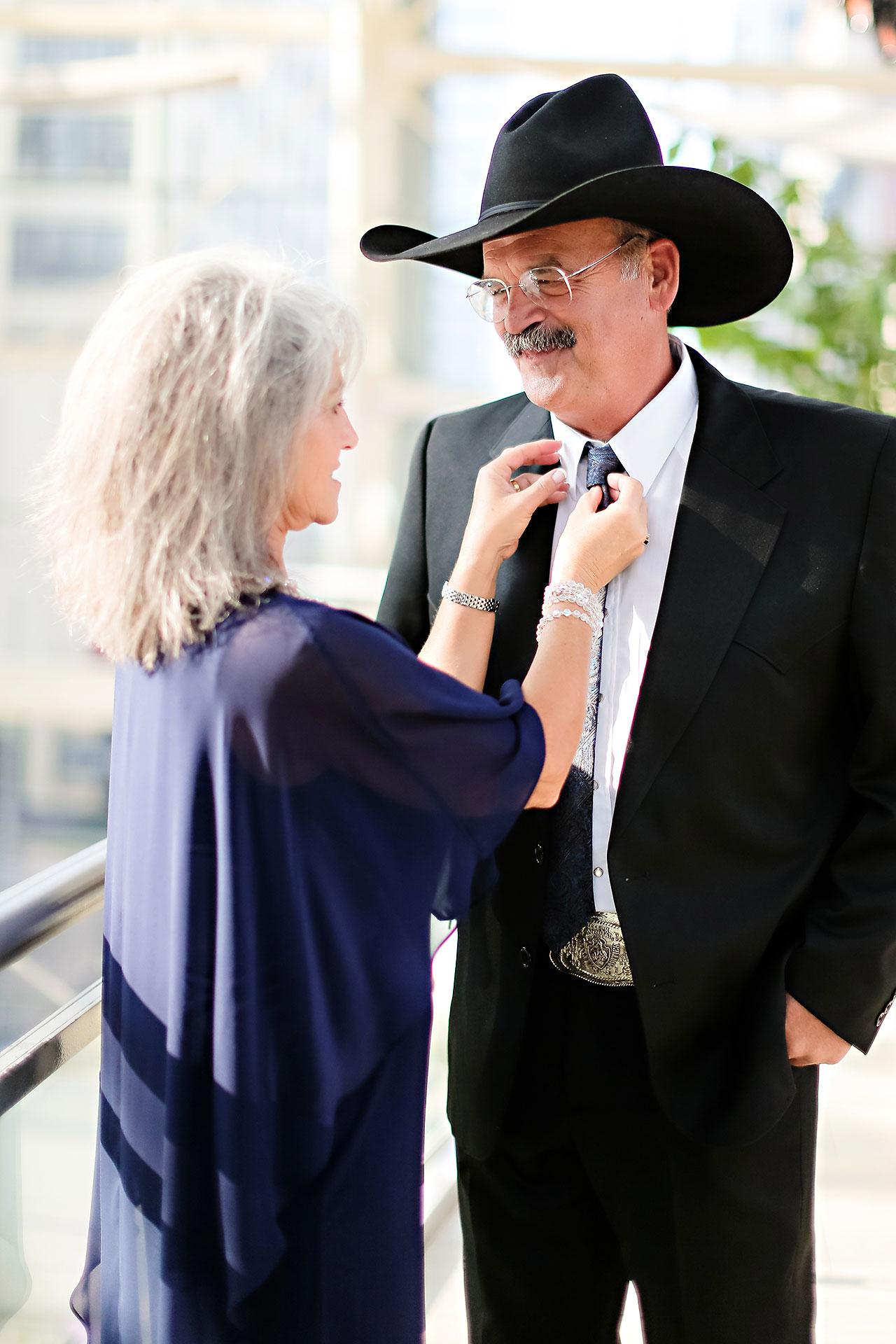 Erin John Artsgarden Indianapolis Wedding 218