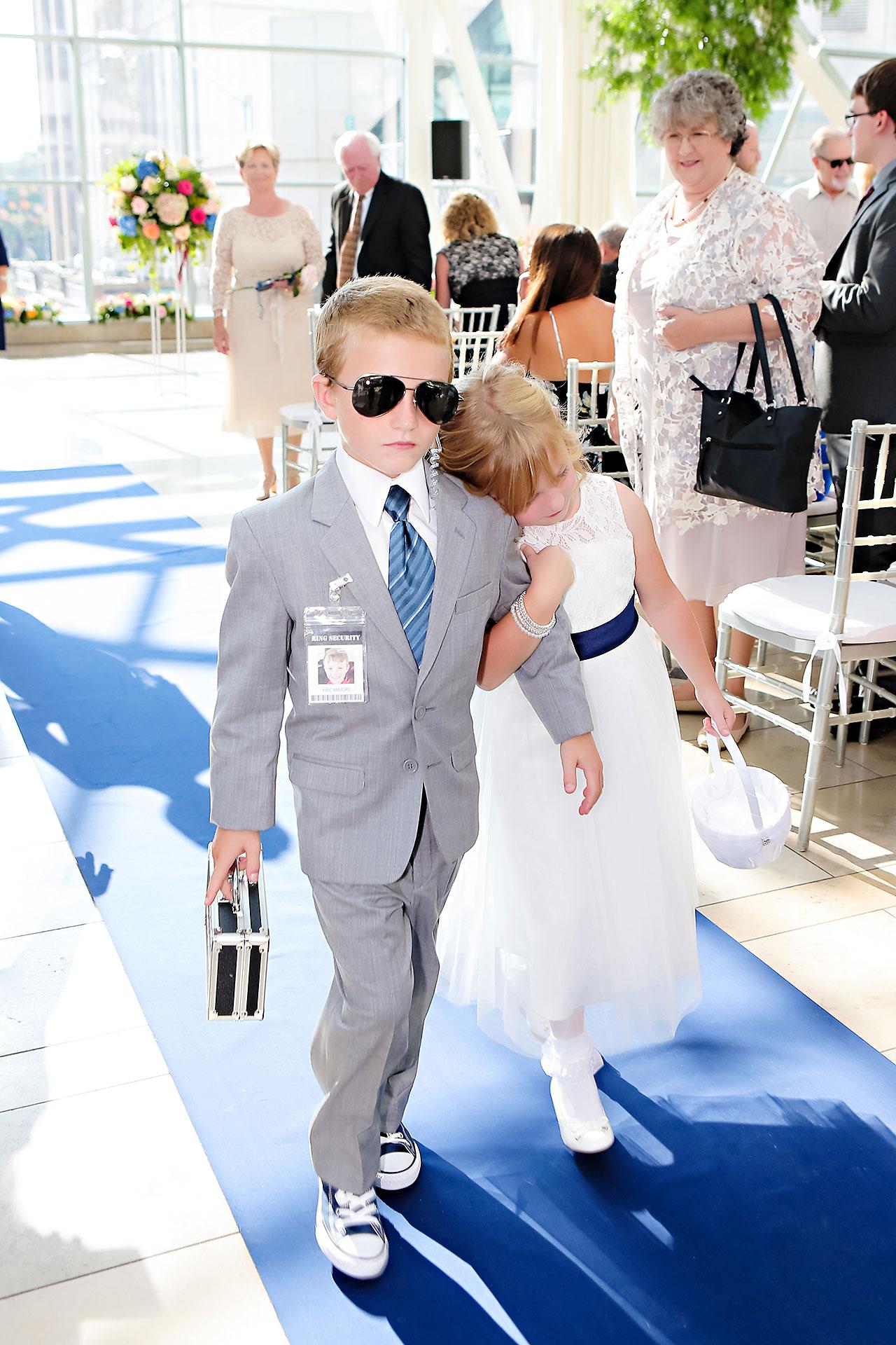 Erin John Artsgarden Indianapolis Wedding 214