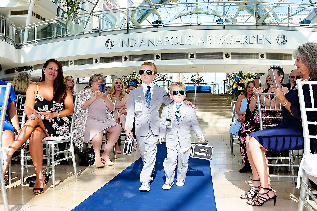 Erin John Artsgarden Indianapolis Wedding 200