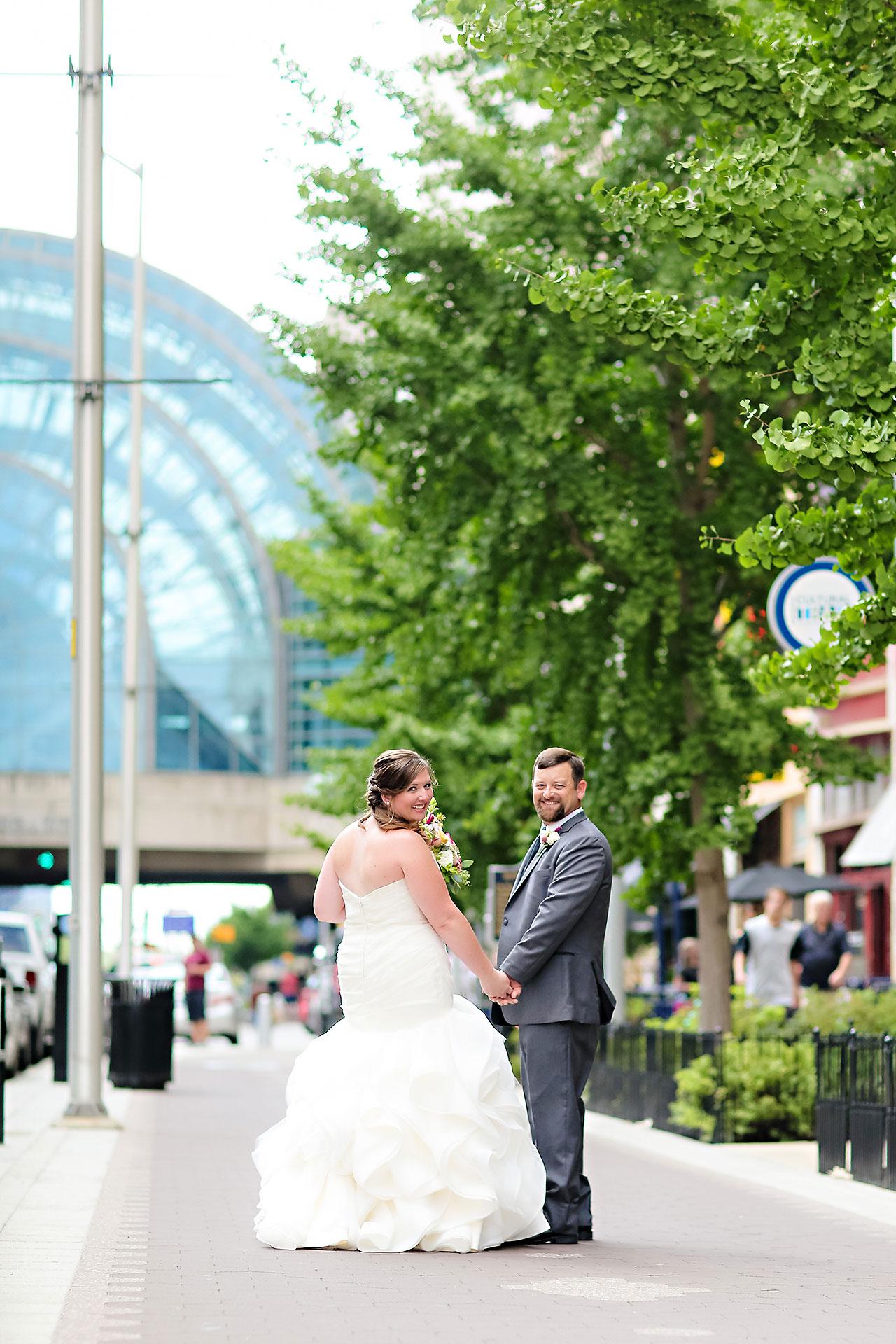 Erin John Artsgarden Indianapolis Wedding 130