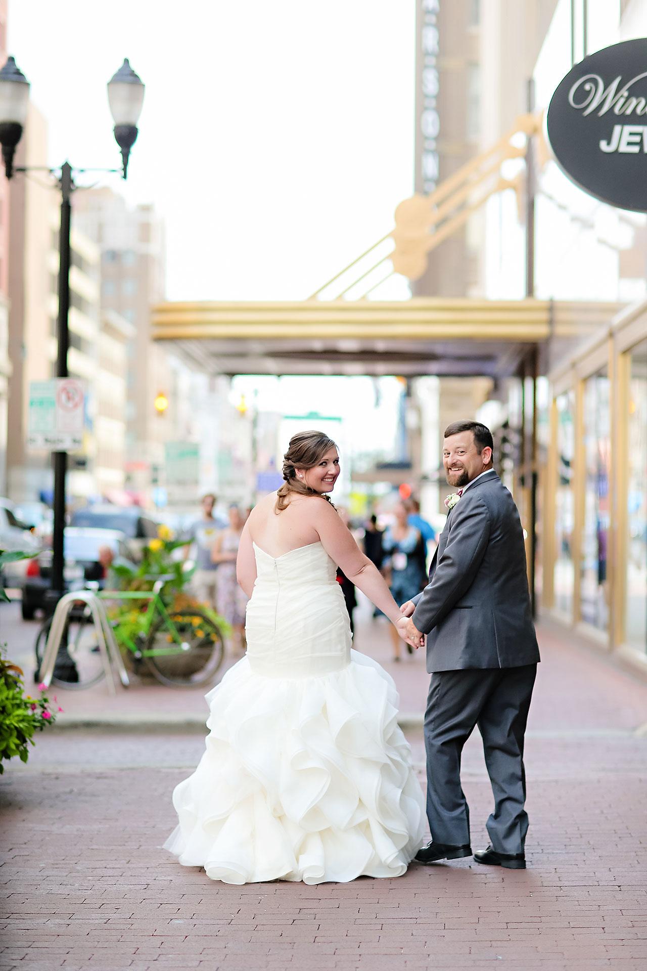Erin John Artsgarden Indianapolis Wedding 111