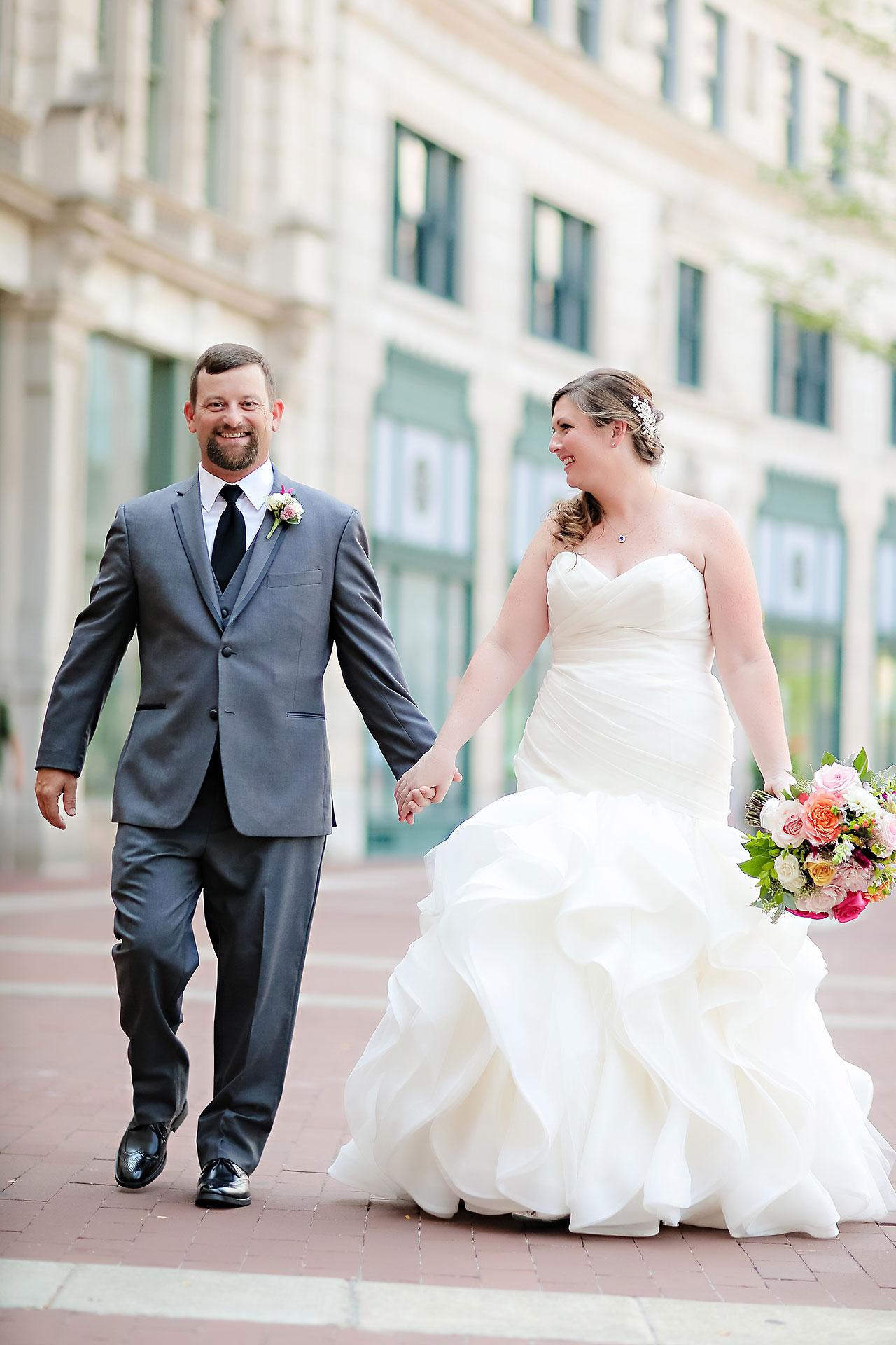 Erin John Artsgarden Indianapolis Wedding 098