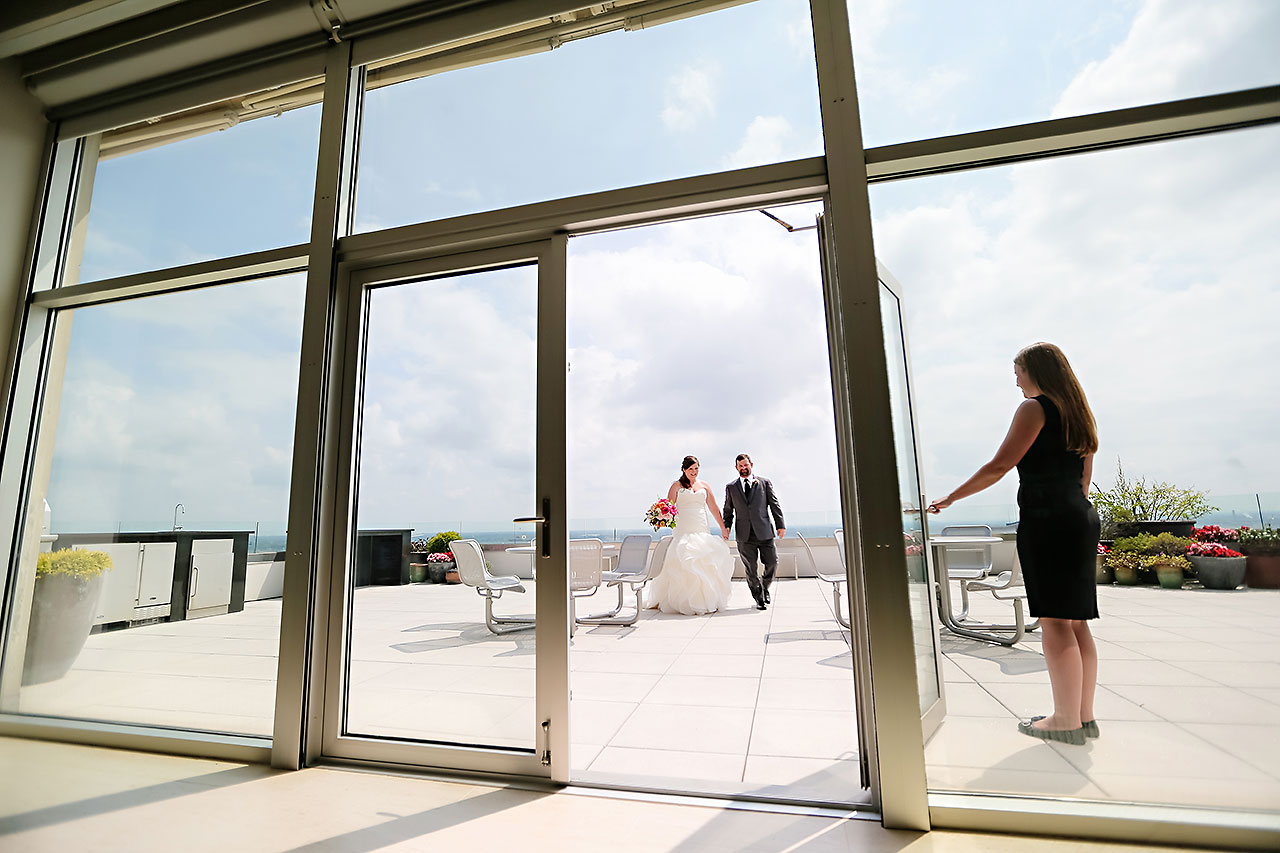 Erin John Artsgarden Indianapolis Wedding 091