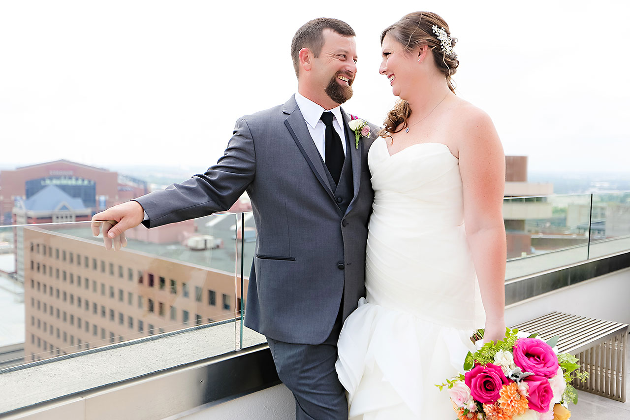 Erin John Artsgarden Indianapolis Wedding 078