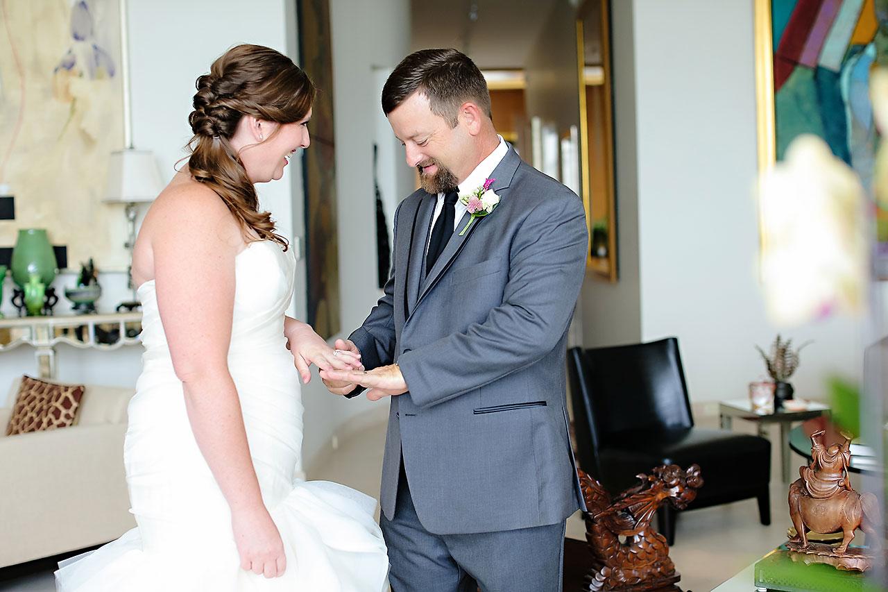 Erin John Artsgarden Indianapolis Wedding 051