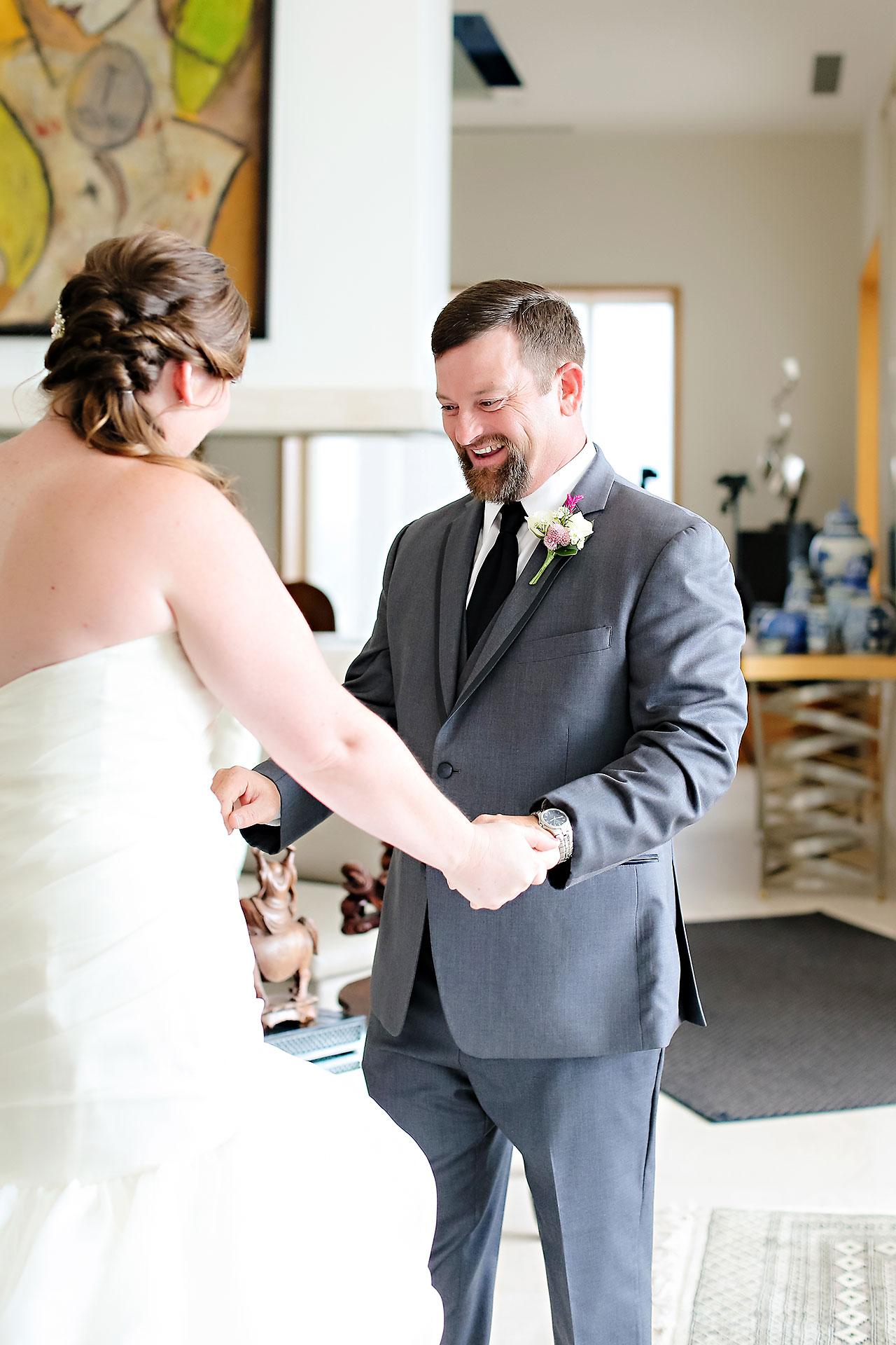 Erin John Artsgarden Indianapolis Wedding 048