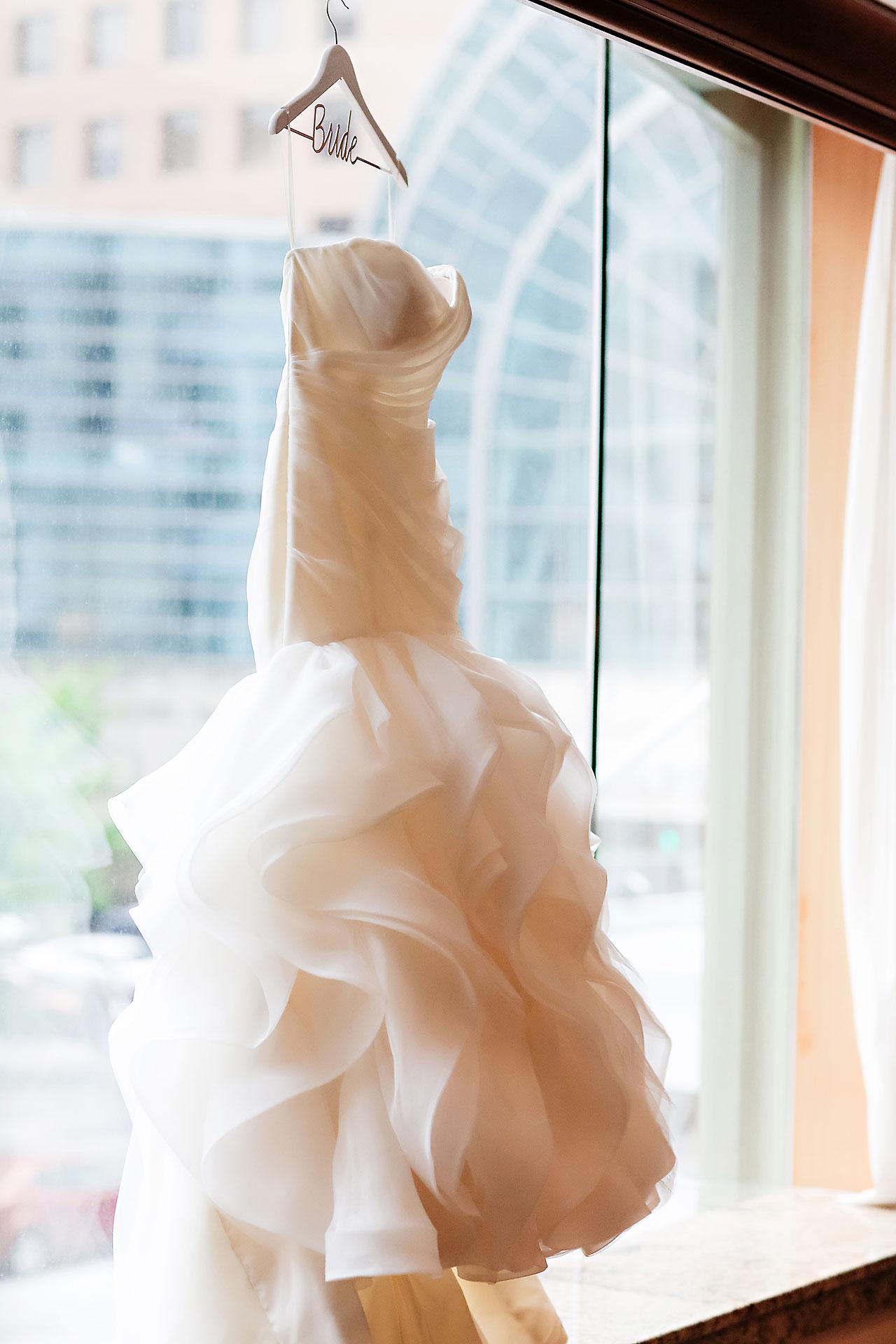 Erin John Artsgarden Indianapolis Wedding 025