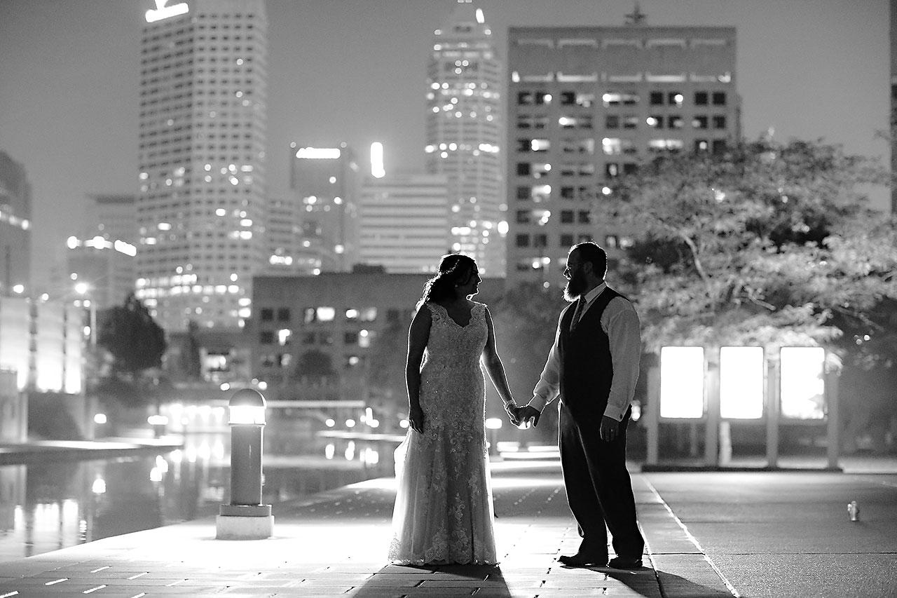 Kim Mike Indiana State Museum Wedding 374