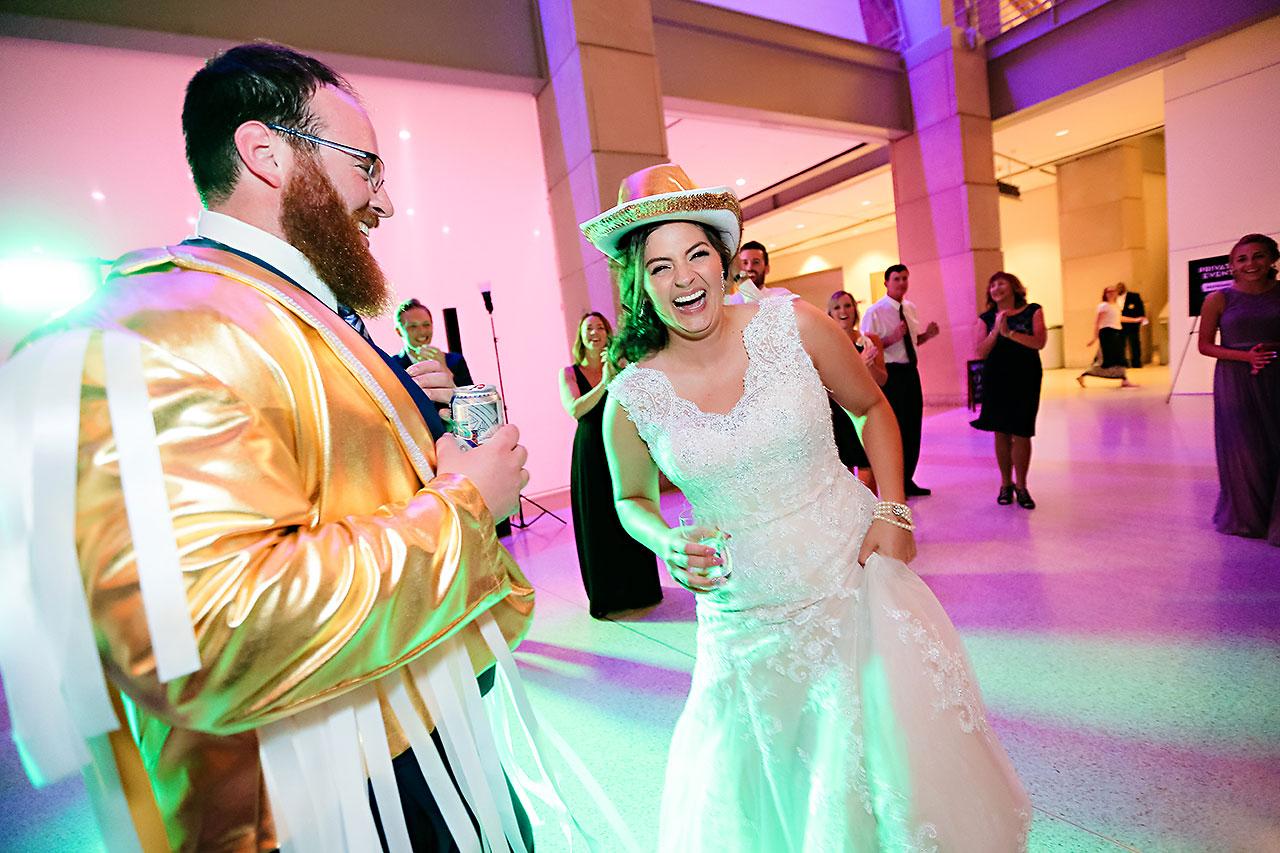 Kim Mike Indiana State Museum Wedding 344