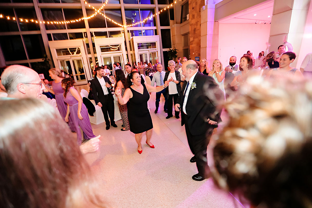 Kim Mike Indiana State Museum Wedding 325
