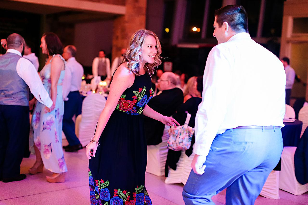 Kim Mike Indiana State Museum Wedding 324