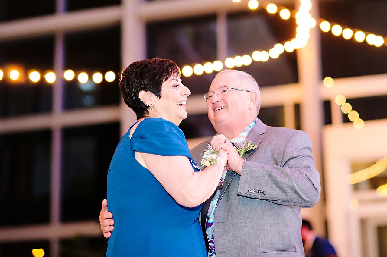 Kim Mike Indiana State Museum Wedding 305