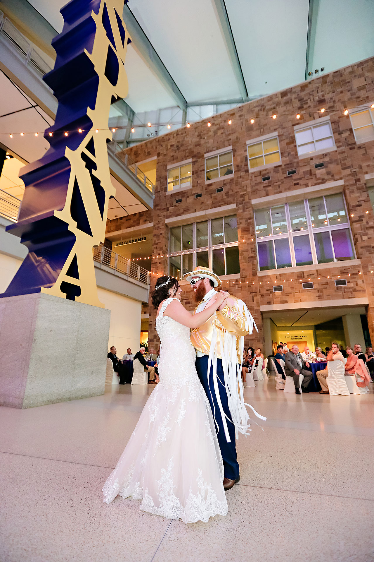 Kim Mike Indiana State Museum Wedding 270