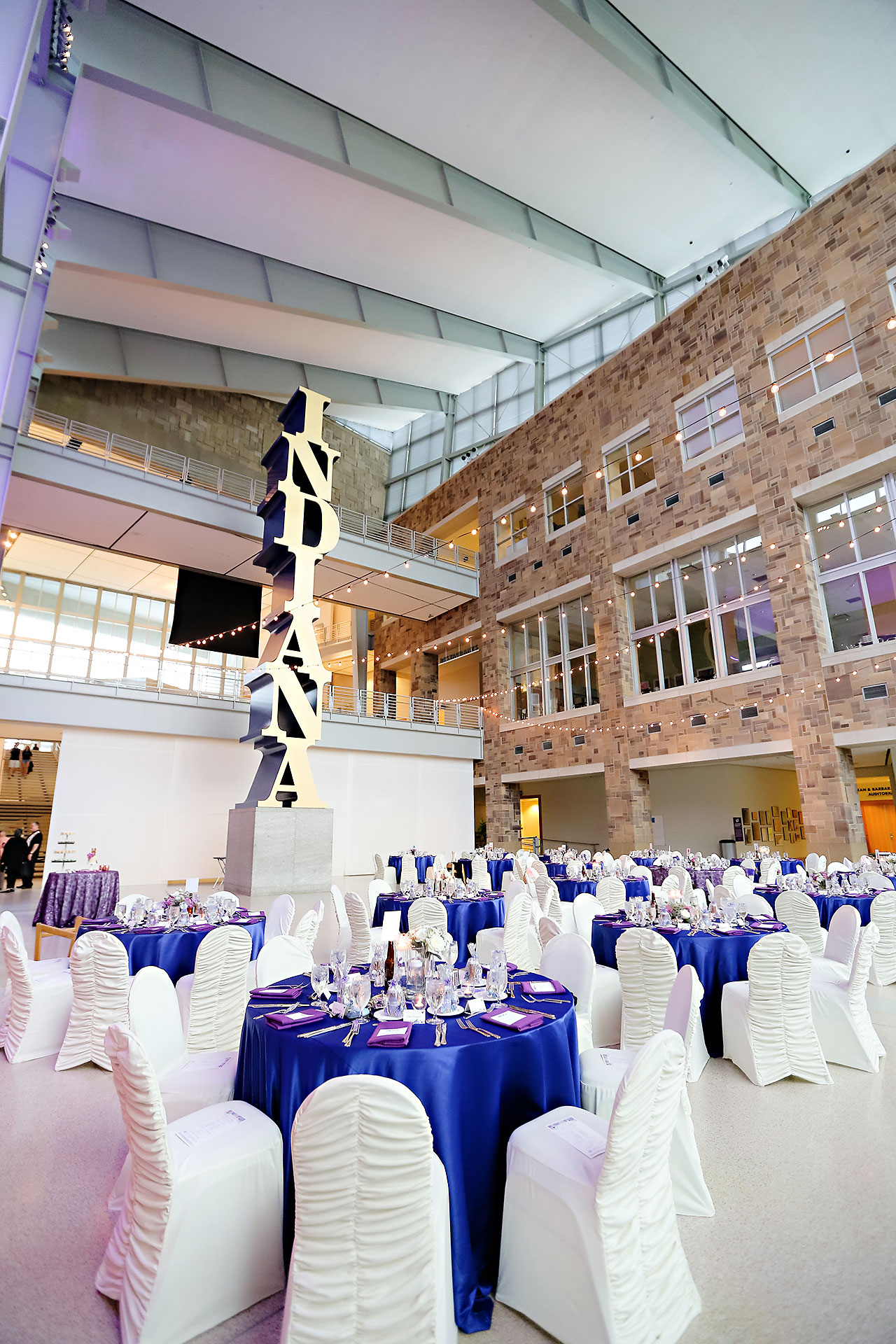 Kim Mike Indiana State Museum Wedding 240