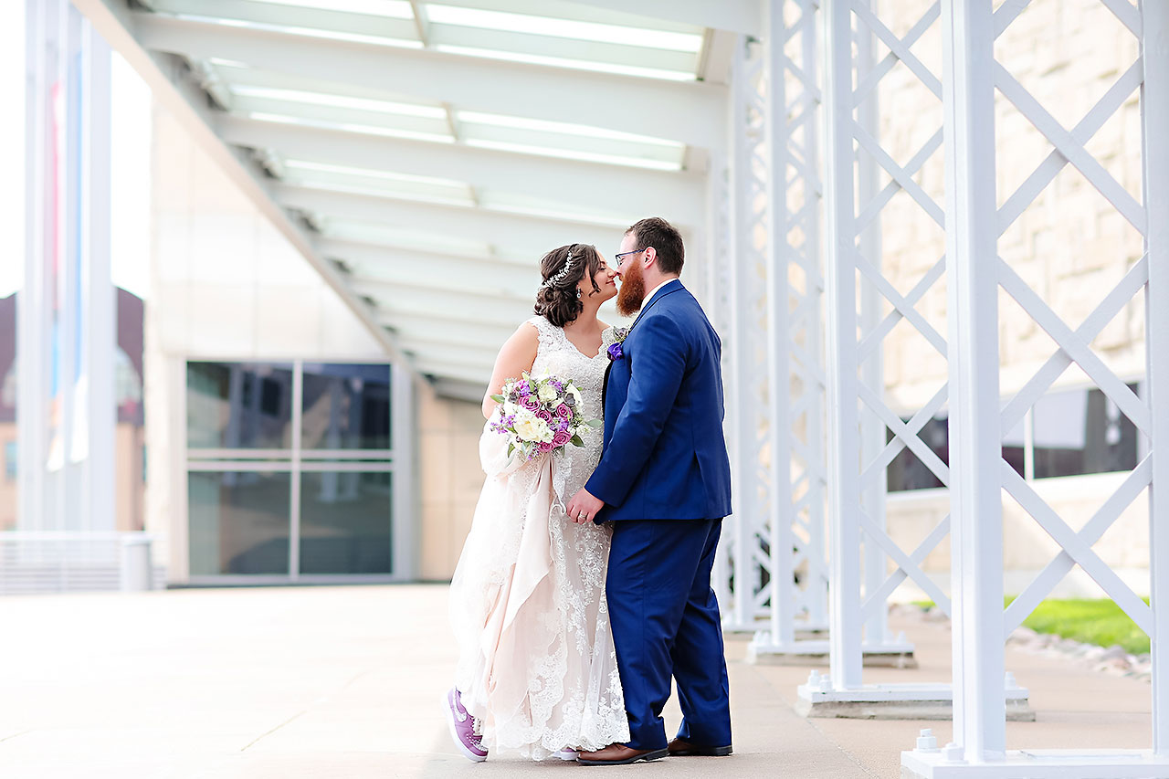 Kim Mike Indiana State Museum Wedding 140