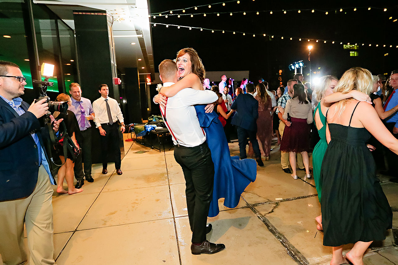 Erika Scott Regions Tower Indianapolis Wedding 351