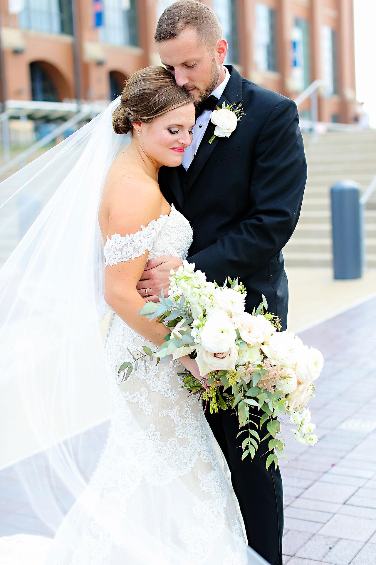 Erika Scott Regions Tower Indianapolis Wedding 123