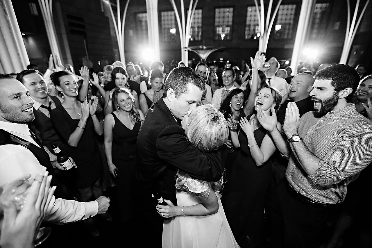 Emily Alex Indianapolis Central Library Wedding 401
