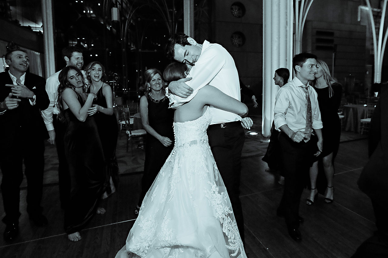 Marianne Steven Indianapolis Central Library Wedding 384