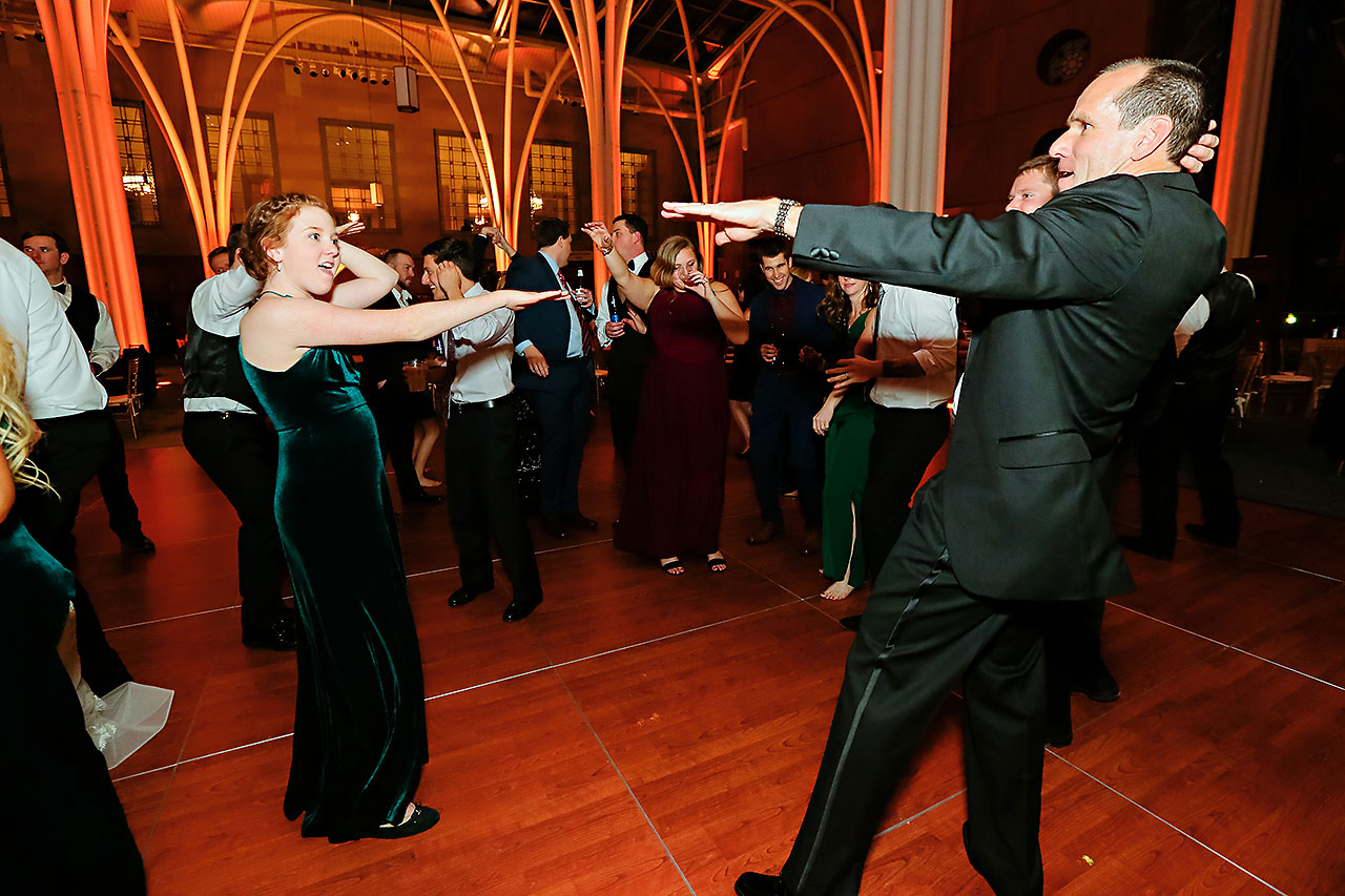 Marianne Steven Indianapolis Central Library Wedding 381