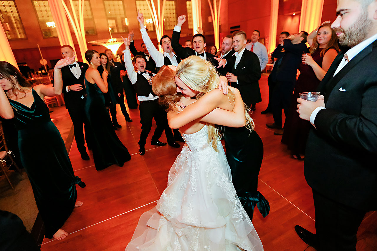 Marianne Steven Indianapolis Central Library Wedding 382