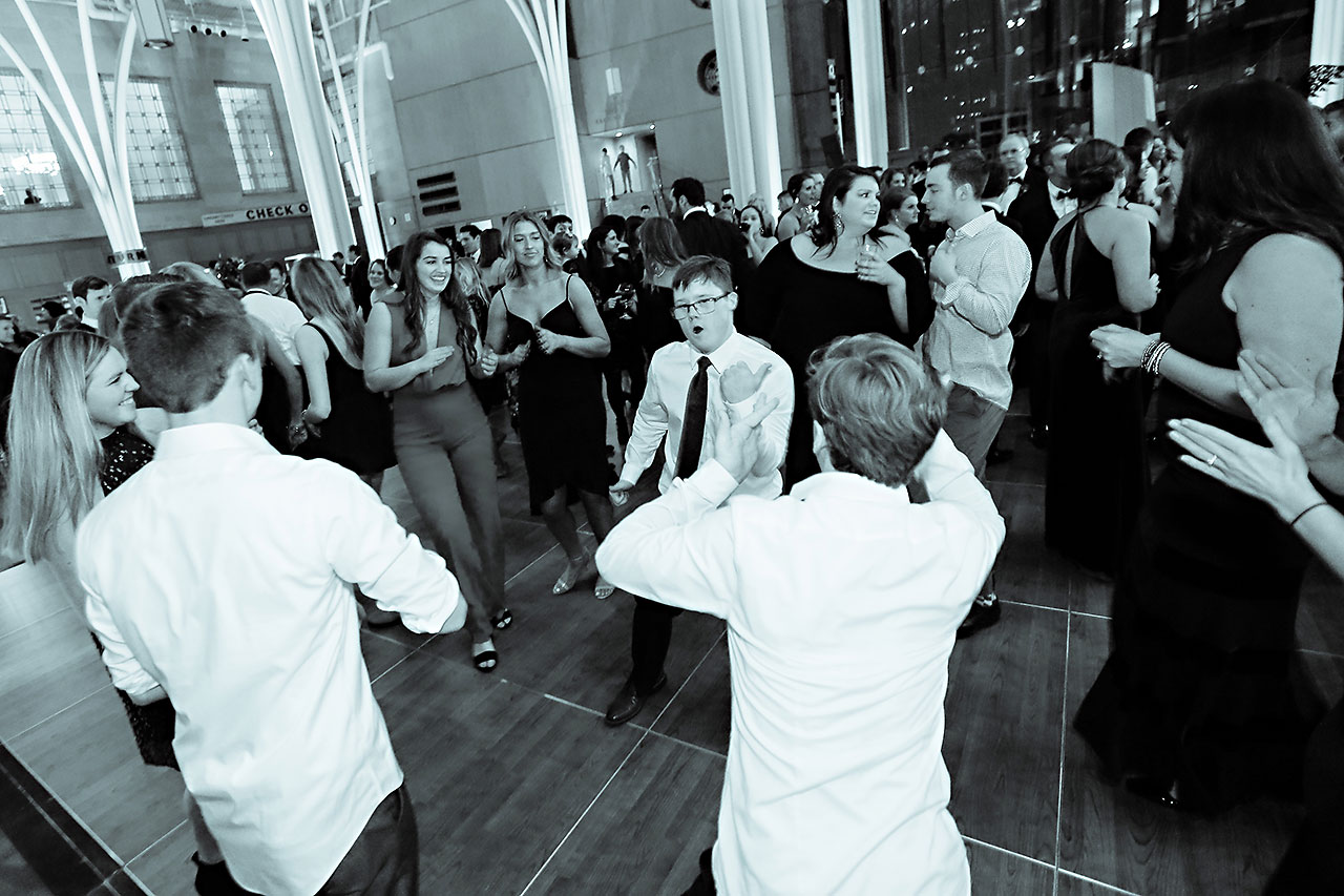 Marianne Steven Indianapolis Central Library Wedding 324
