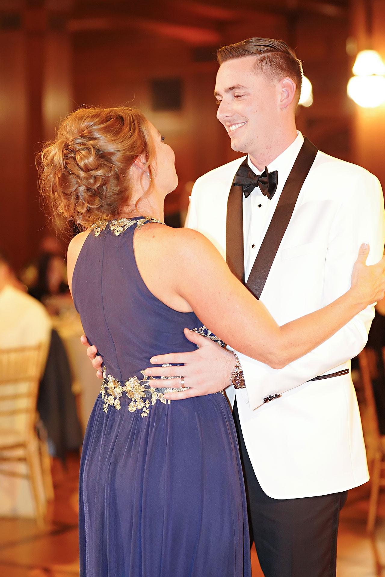 Erin Grant Indianapolis Central Library Scottish Rite Wedding 329