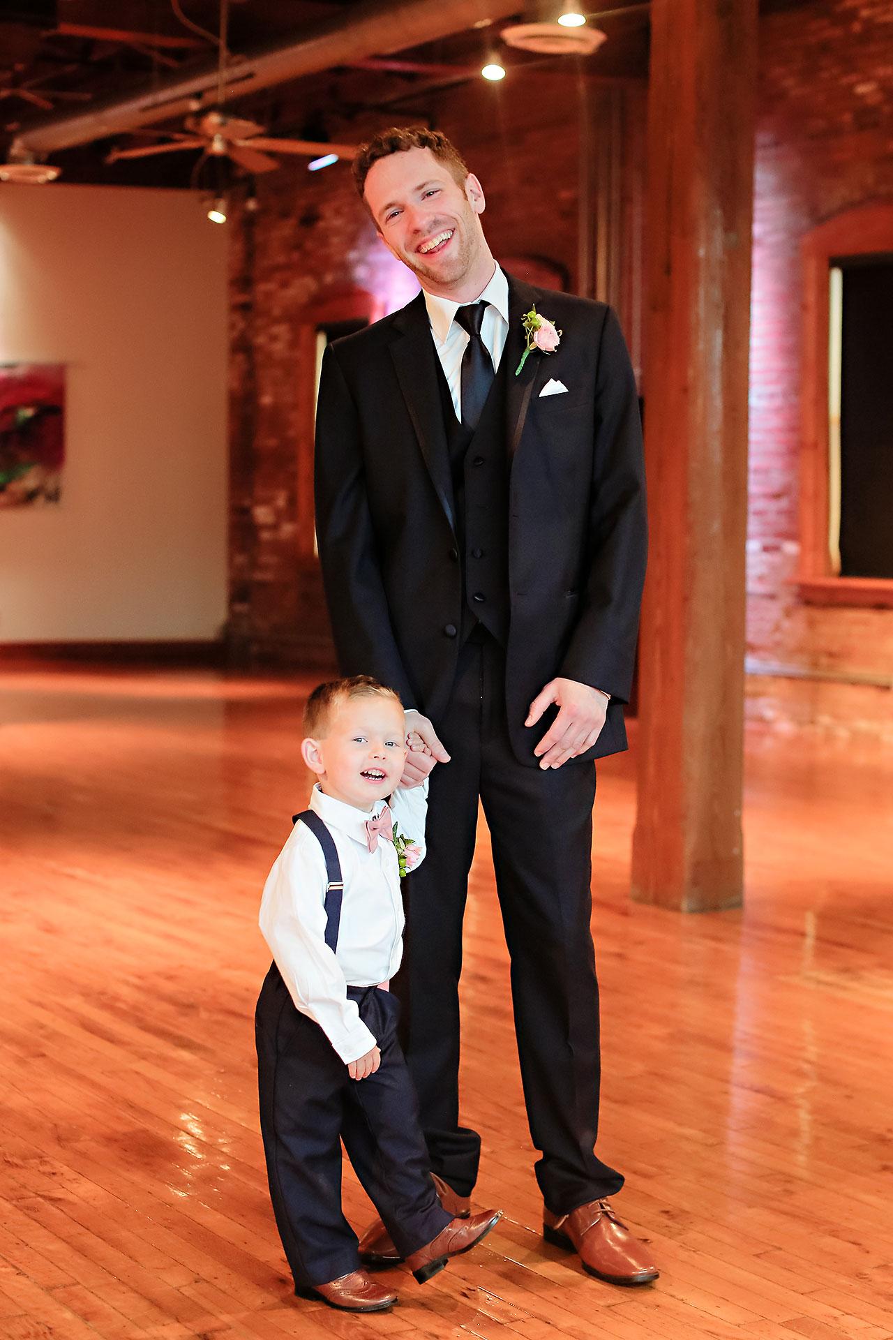 Kelsey Tyler Mavris Indianapolis Wedding 072