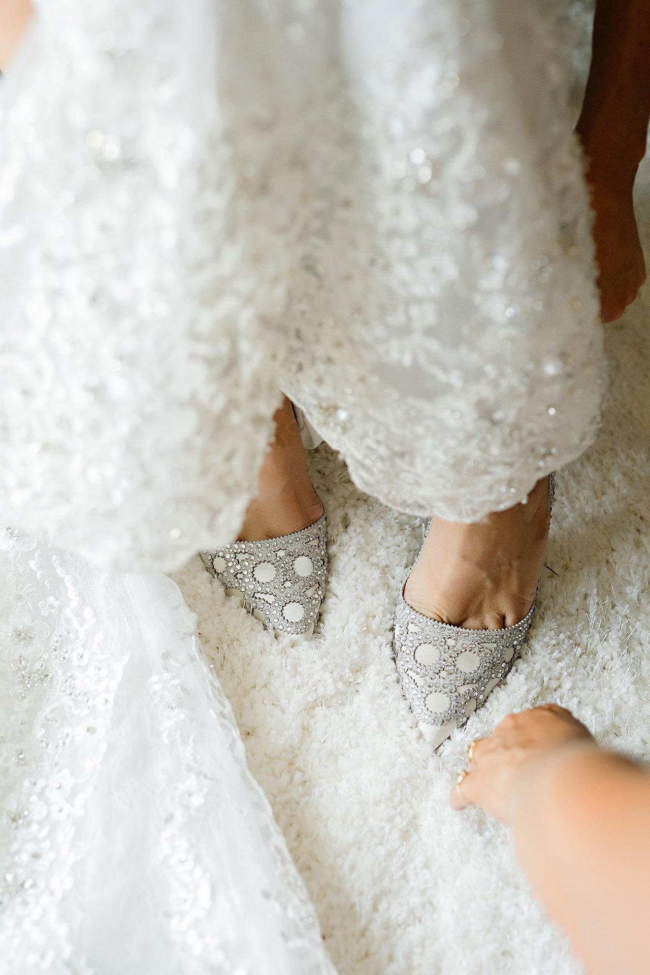 Megan Kyle Crane Bay Indianapolis Wedding 037