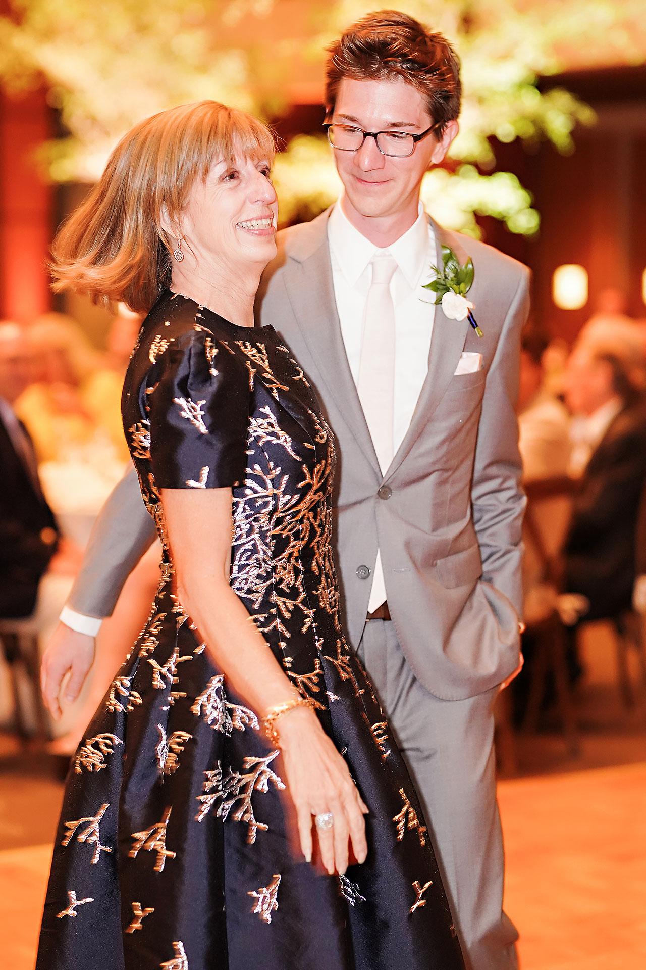 Lauren Andy Newfields Indianapolis Museum of Art Wedding 274
