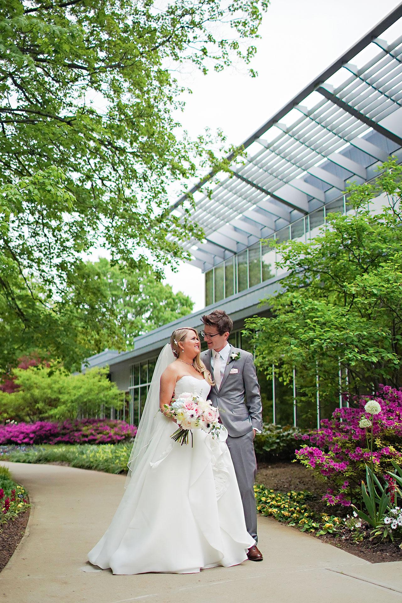 Lauren Andy Newfields Indianapolis Museum of Art Wedding 120