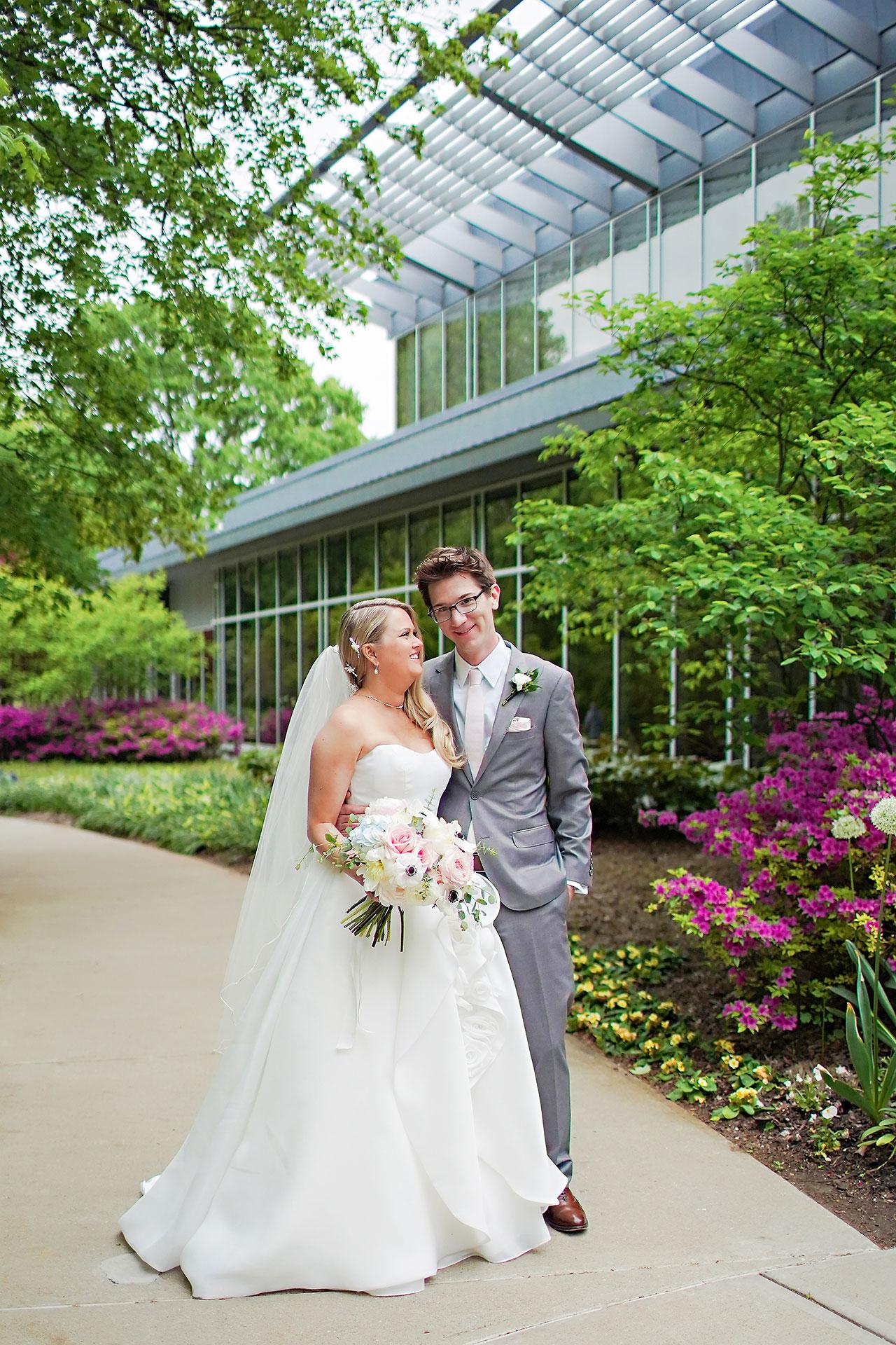 Lauren Andy Newfields Indianapolis Museum of Art Wedding 098