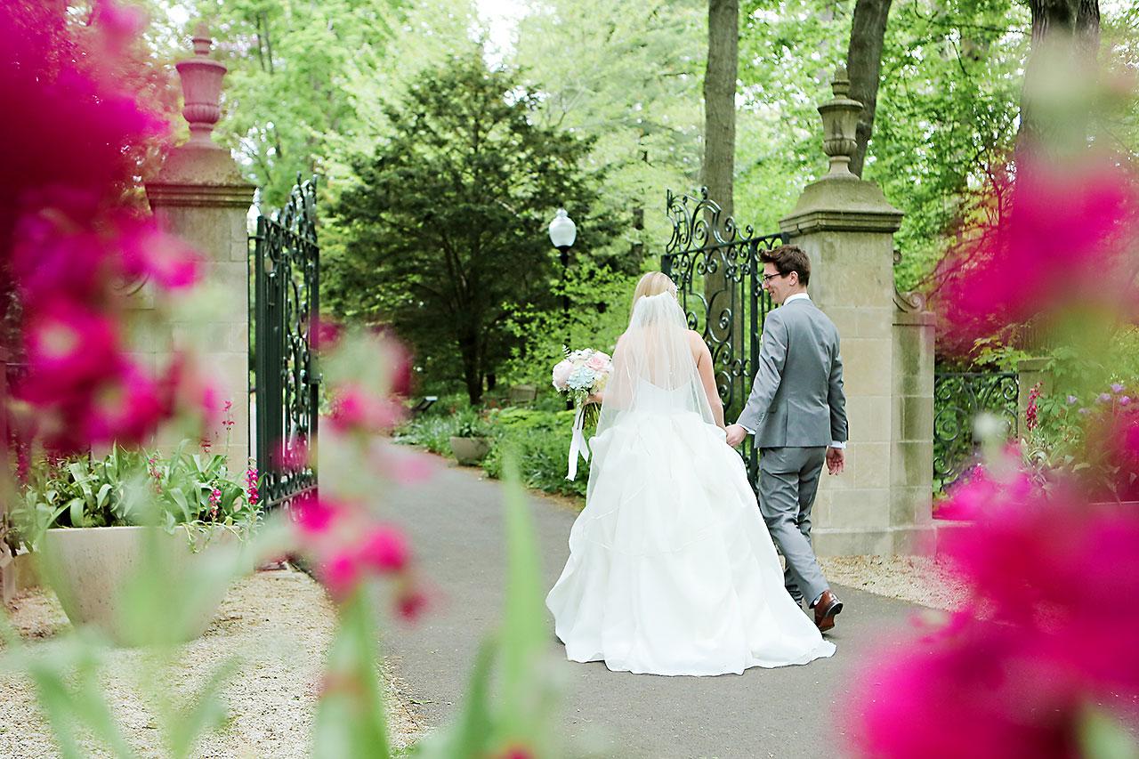 Lauren Andy Newfields Indianapolis Museum of Art Wedding 052