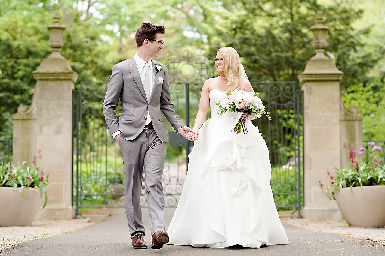 Lauren Andy Newfields Indianapolis Museum of Art Wedding 049