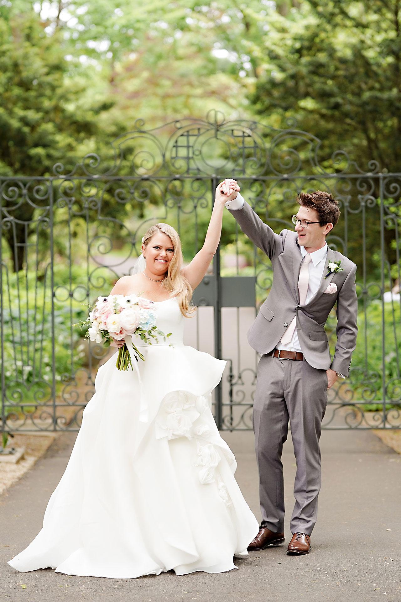 Lauren Andy Newfields Indianapolis Museum of Art Wedding 044