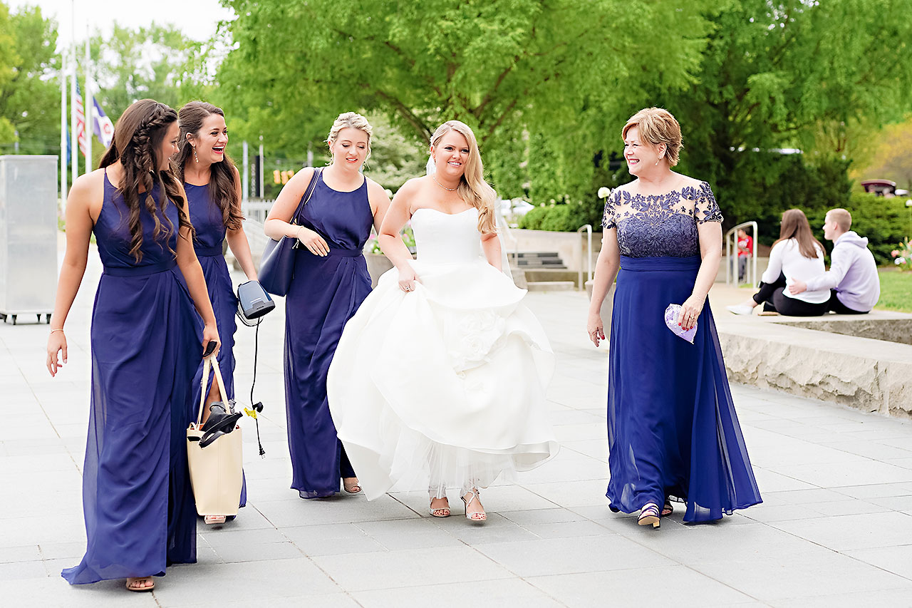 Lauren Andy Newfields Indianapolis Museum of Art Wedding 038
