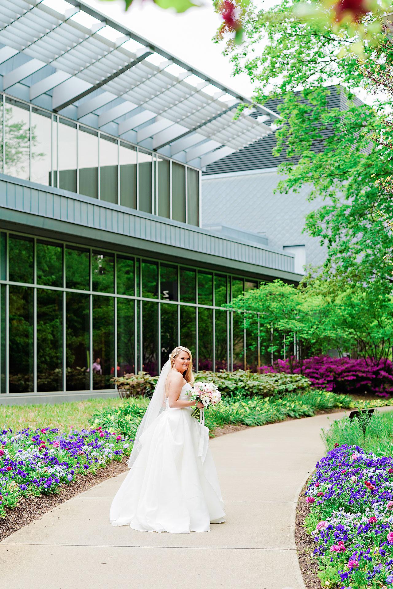 Lauren Andy Newfields Indianapolis Museum of Art Wedding 034