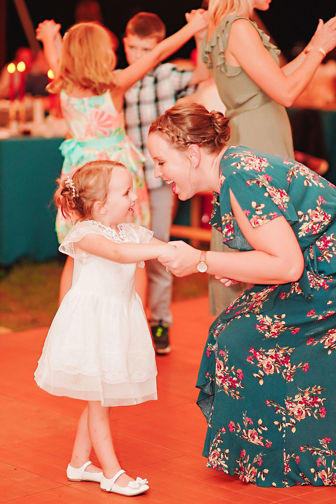 Hannah Ian Friendship Gardens Michigan City Indiana Wedding 354