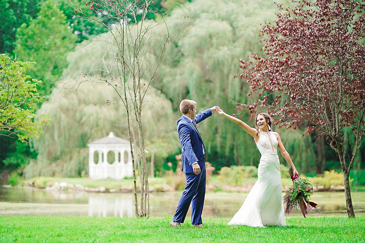 Hannah Ian Friendship Gardens Michigan City Indiana Wedding 231