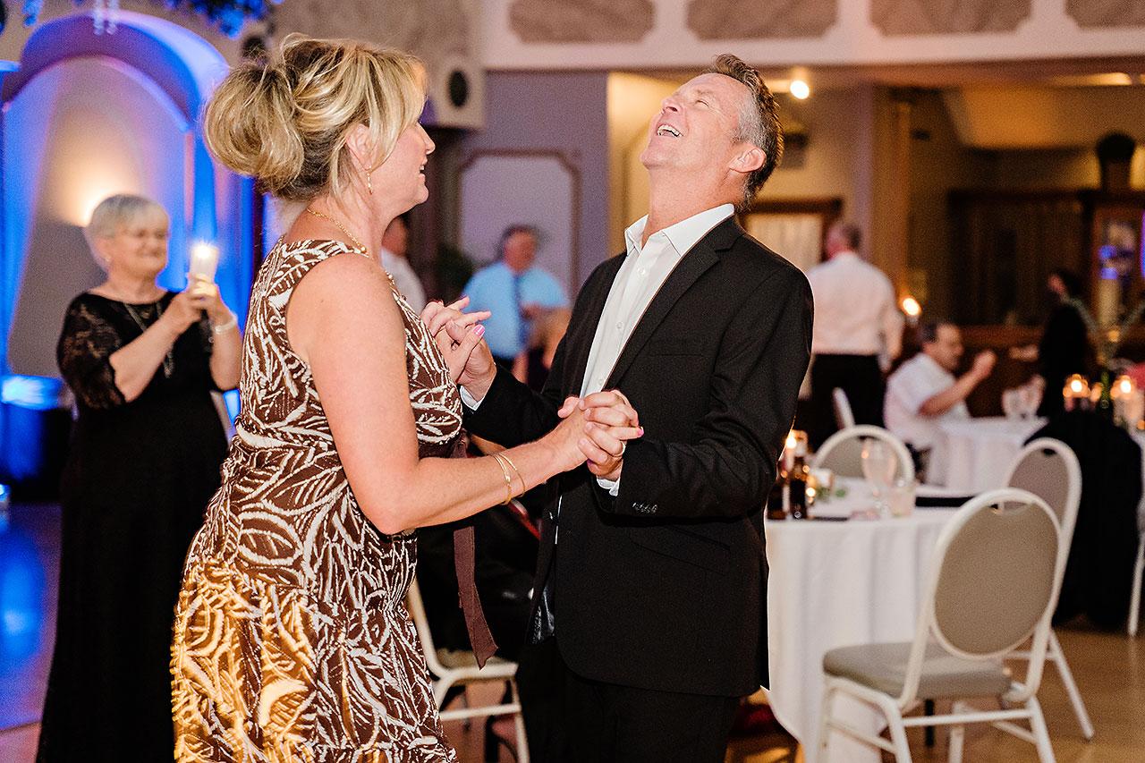 Kara Sean Fountain Square Theater Indianapolis Wedding 270