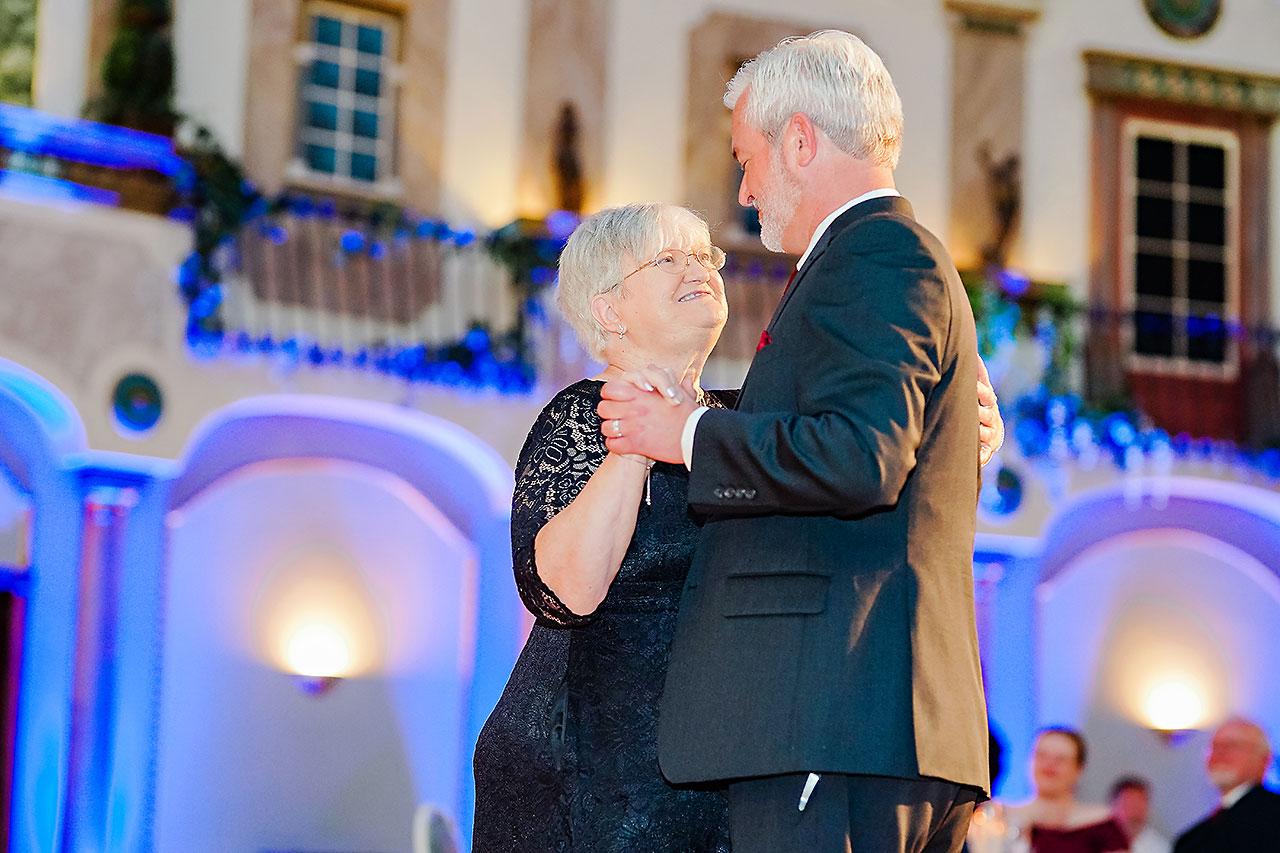 Kara Sean Fountain Square Theater Indianapolis Wedding 263