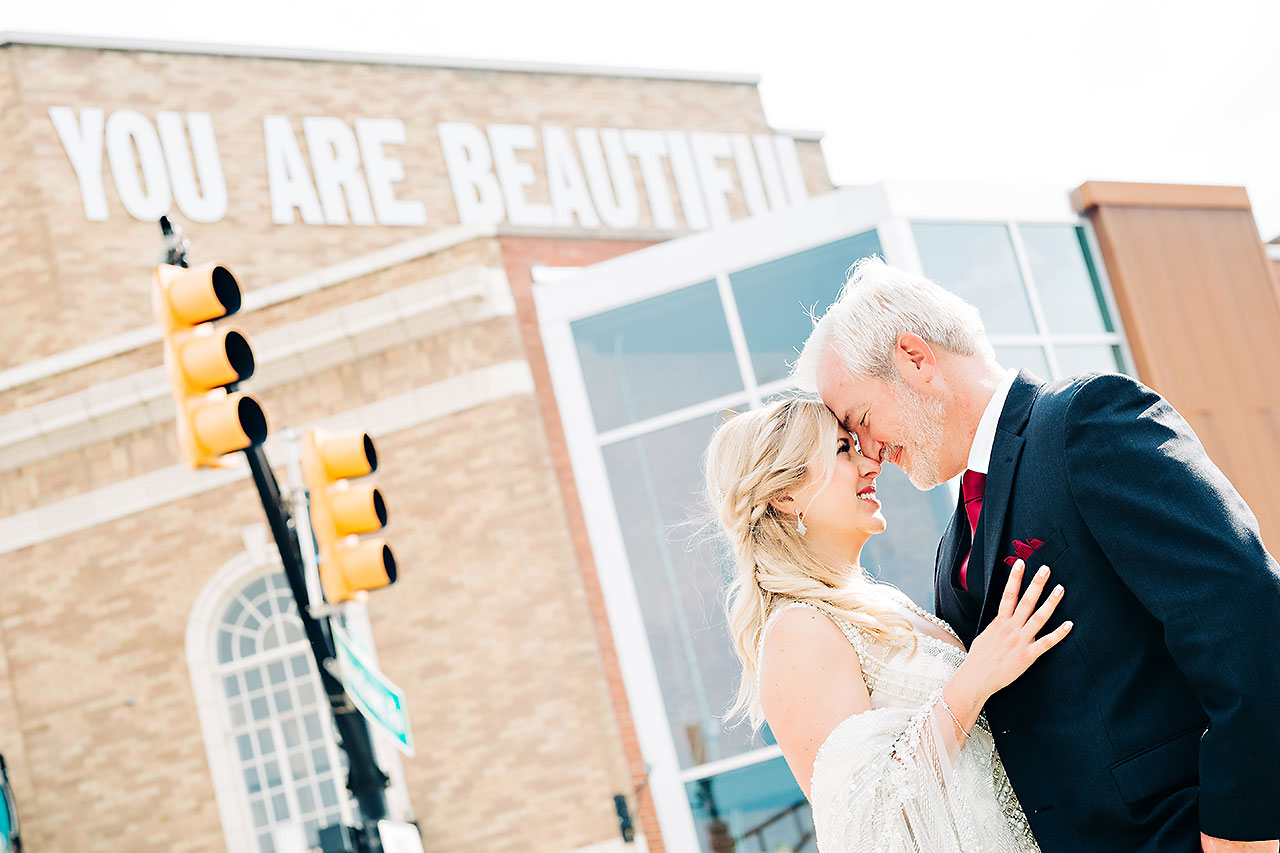 Kara Sean Fountain Square Theater Indianapolis Wedding 193