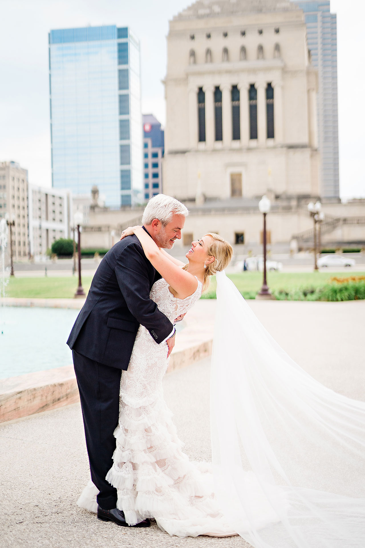 Kara Sean Fountain Square Theater Indianapolis Wedding 137