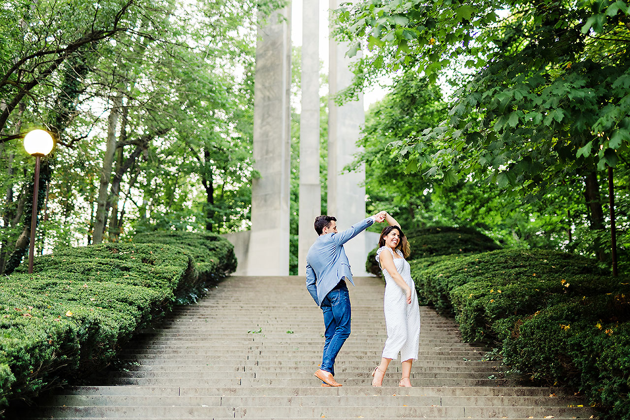 Kate Sawyer Holcomb Gardens Engagement Session 096