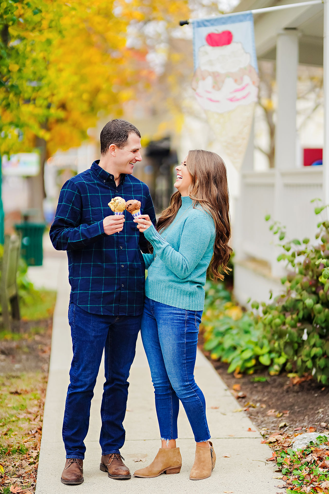 Sarah Andrew Holcomb Gardens Zionsville Engagement Session 117