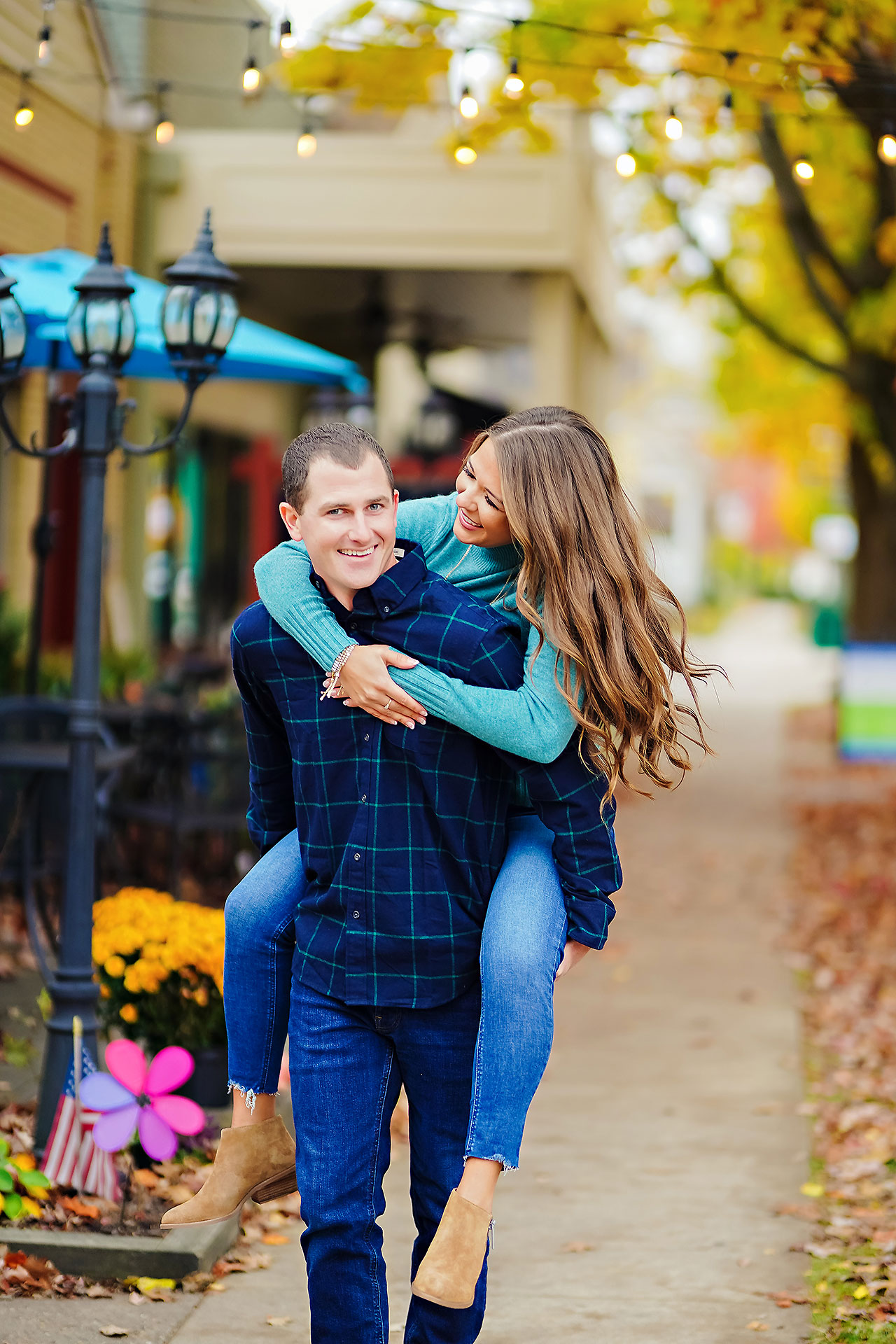 Sarah Andrew Holcomb Gardens Zionsville Engagement Session 108