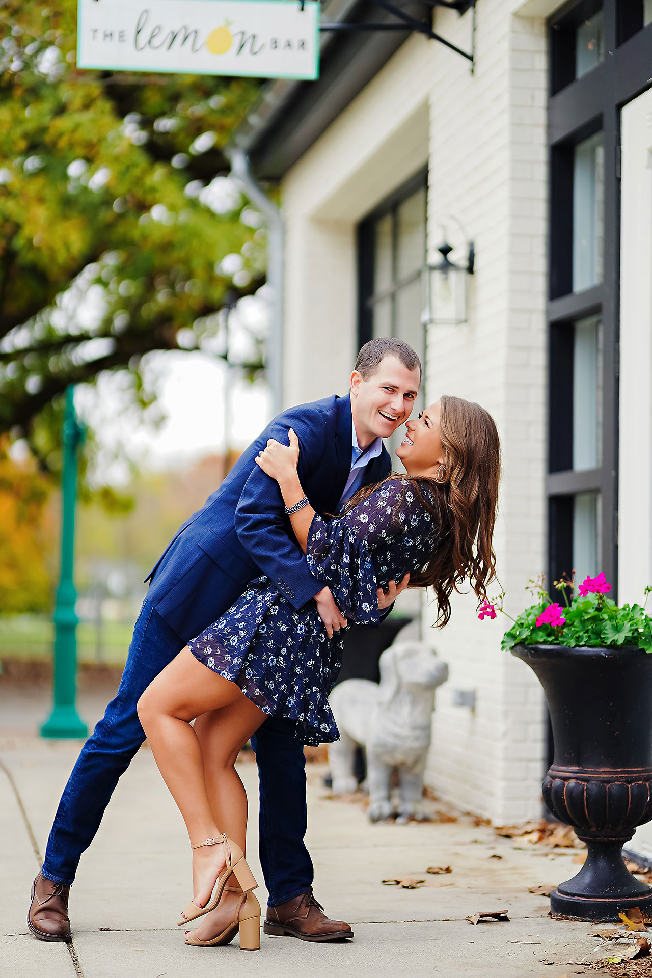 Sarah Andrew Holcomb Gardens Zionsville Engagement Session 098